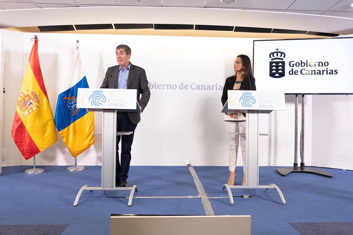El Gobierno presenta el programa de actividades para conmemorar el Día de  Canarias